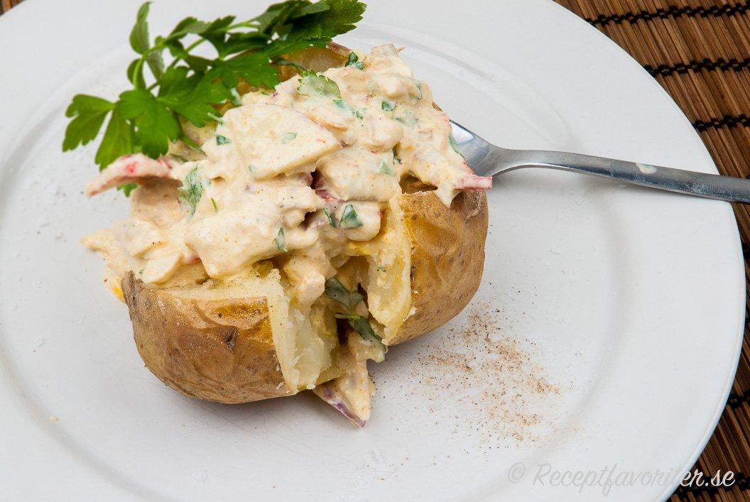bakad potatis kycklingröra curry