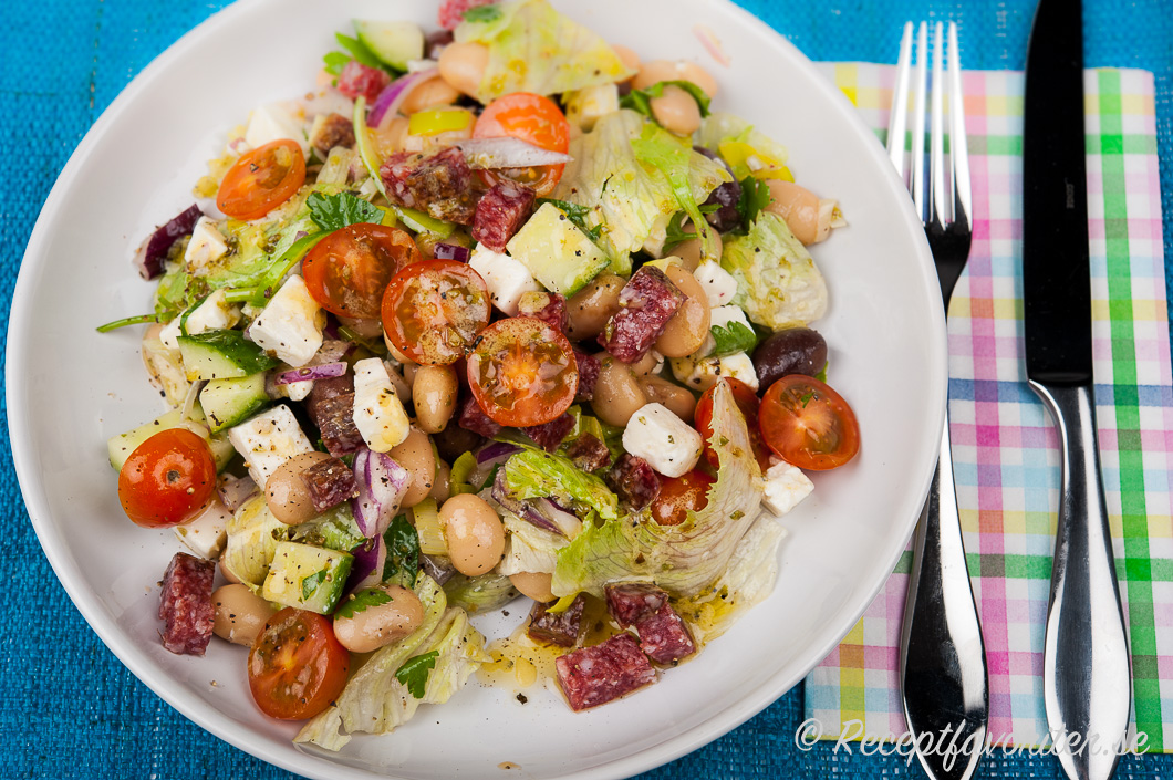 vegetarisk sallad med bönor