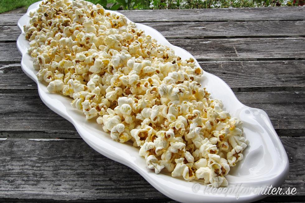 hur gör man popcorn av majs