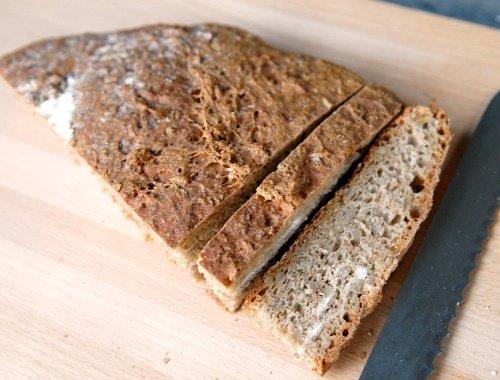 bröd med kornkärnor