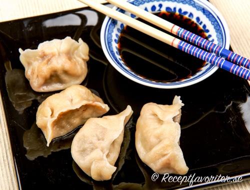 Dumplings med räkfyllning.