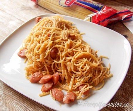 Spagetti med korv