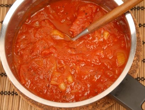 Italiensk tomatsås