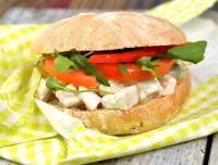 Picknickmacka med tonfisk- eller kycklingsallad
