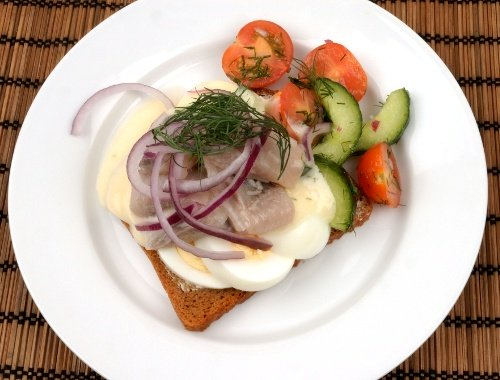 Sillmacka eller sillsmörgås
