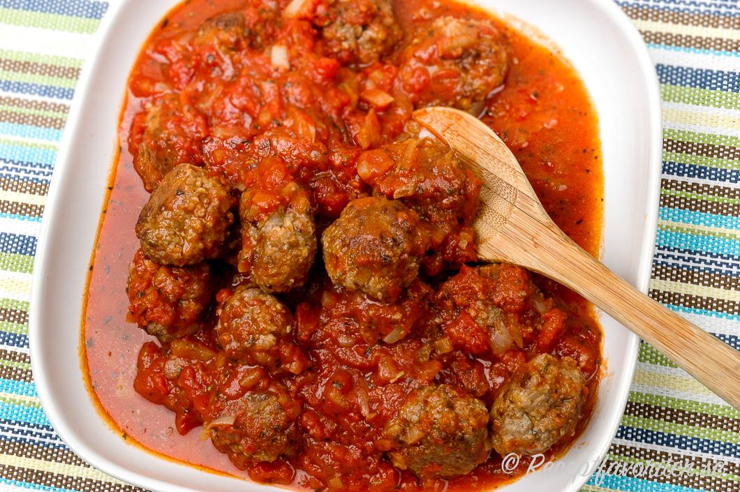 köttbullar i tomatsås enkelt