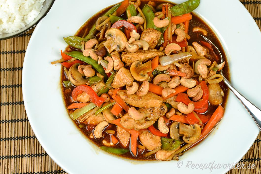 asiatisk kyckling med cashewnötter