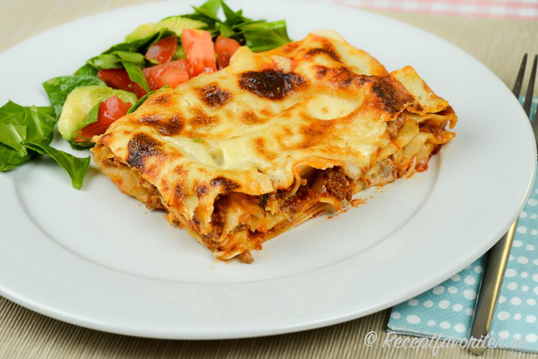 recept på lasagne med köttfärs