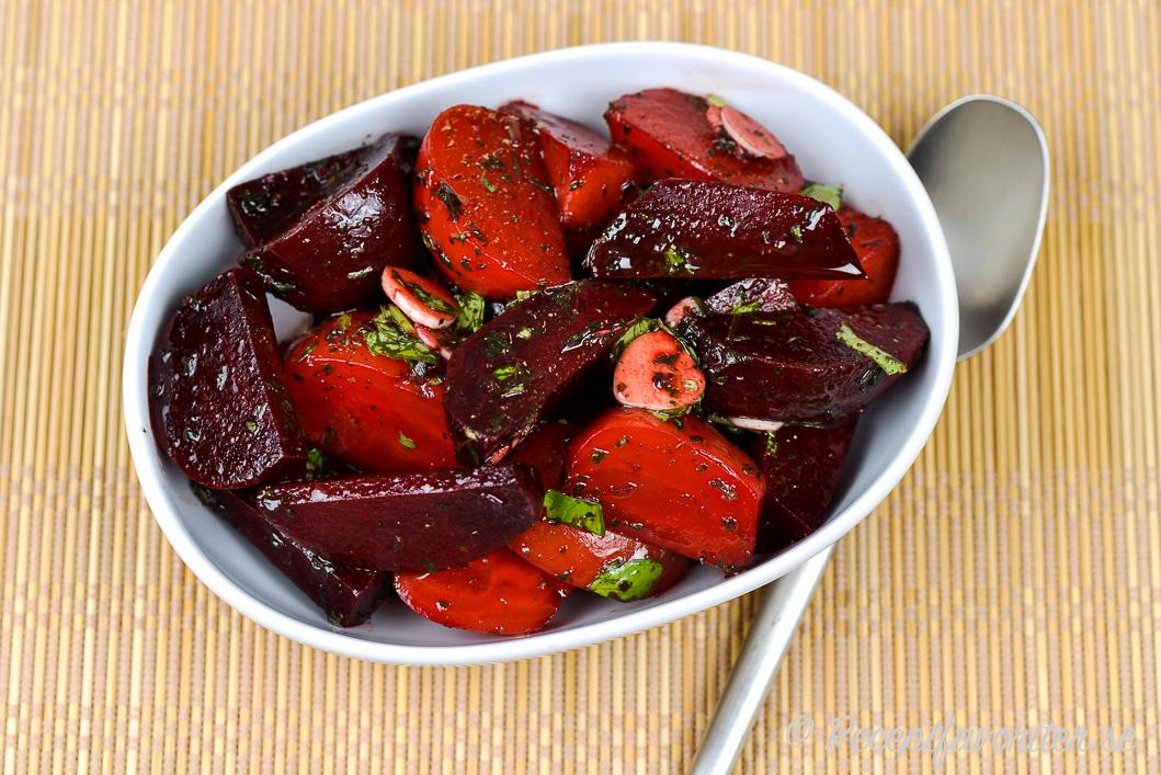 mat med rödbetor