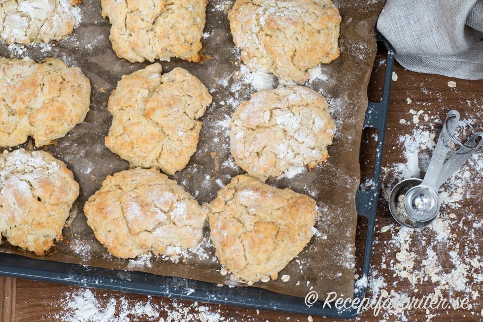 scones med havregryn och ägg