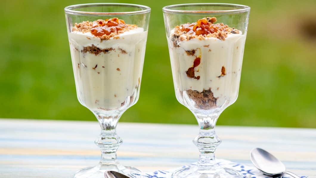 vit choklad grädde recept