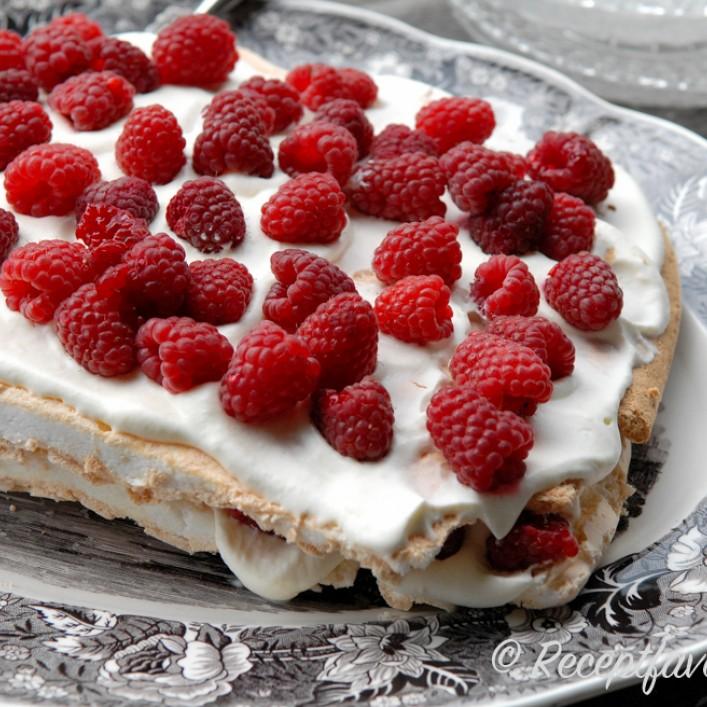 marängbotten tårta recept