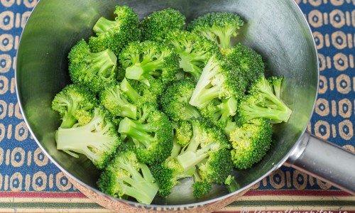 tillaga färsk broccoli