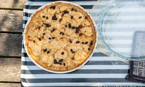 Den gräddade pajen kan nu ätas eller läggas i press att plattas till.
