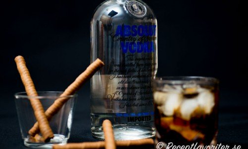 Recept med vodka som Black Russian ovan