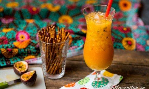 Buffy drink är en drink med Passao Passion, mörk rom, apelsin och passionsfrukt.