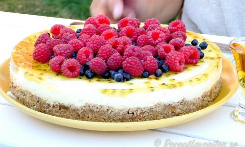 Cheesecake med citron och passionsfrukt