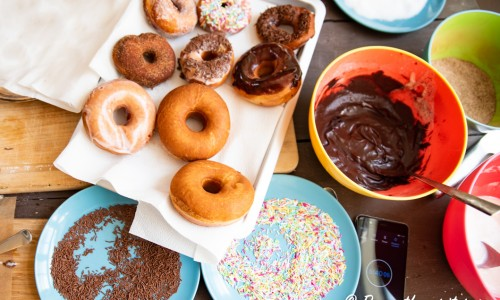 Garnering av munkar eller doughnuts.