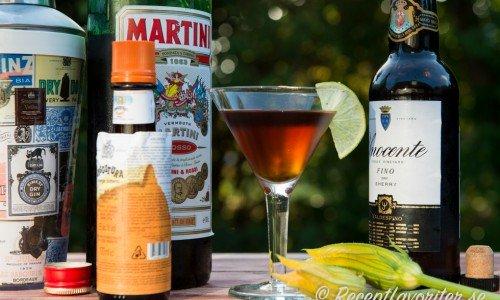 Recept på drinkar och cocktails. Ovan Duke of Marlboro cocktail.