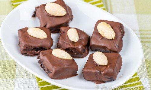 Glöggpraliner är chokladtryfflar smaksatt med glögg