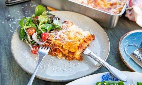 Italiensk lasagne på tallrik