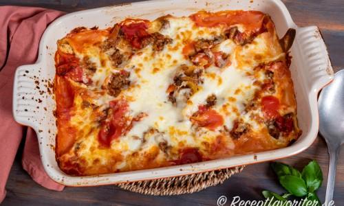 Pastasnäckorna blir en slags lasagne eller pastagratäng