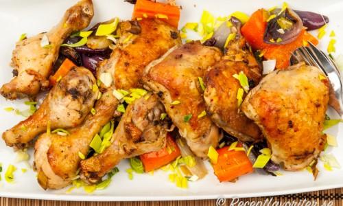 Grillad kyckling i ugn med örter och grönsaker