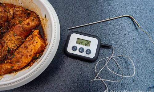 Pluman med stektermometer satt till 68 grader innertemperatur.