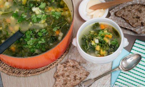 Grönsakssoppa med grönkål