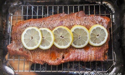 Recept på och med varmrökt mat