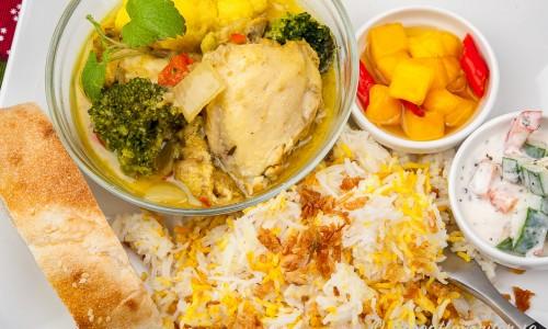 Indisk currygryta med kyckling och hemgjord curry