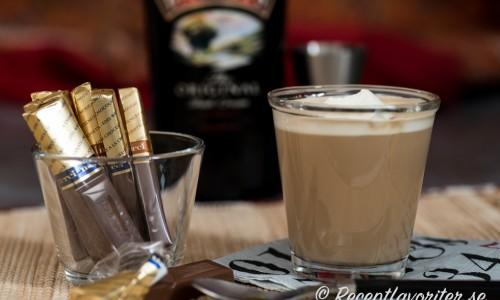 Kaffe med Baileys