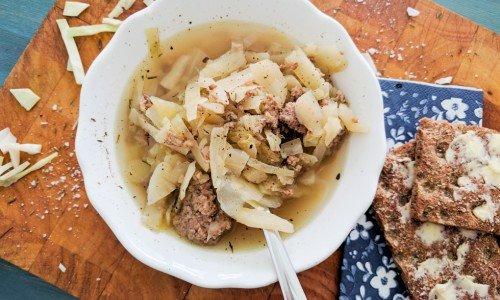 Kålsoppa med lammfärs
