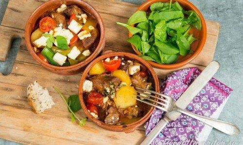 Recept på grekisk mat som Kleftido med flera rätter