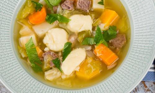 Klimpen serverad i soppa