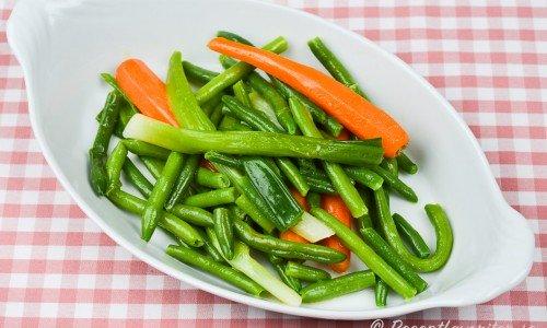 Kokt grönsakstillbehör
