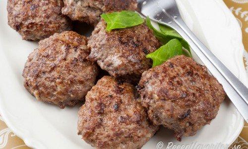 Enkla och goda köttfärsbiffar.