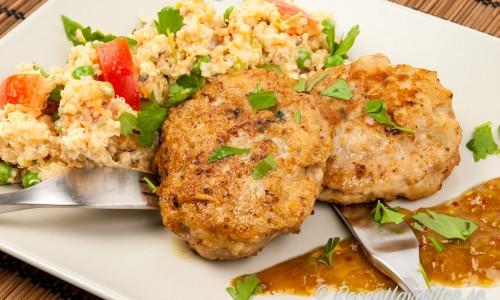 Kycklingbiffar med quinoasallad