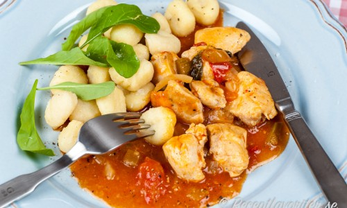 Kycklinggryta med tomat
