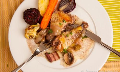 Fransk kycklinggryta med vin eller Coq au vin