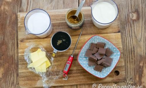 Ingredienser till lakritsfudgen