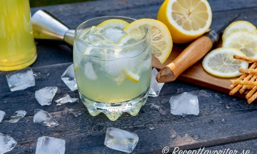 Limoncello drink med Tonic