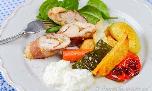 Parmalindad kycklingfilé med rostade grönsaker
