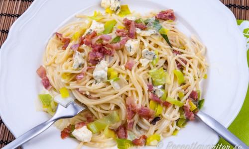 Pasta med gorgonzola och bacon