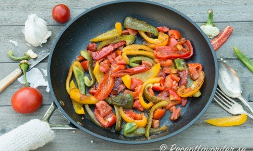 Recept med paprika som peperonata ovan