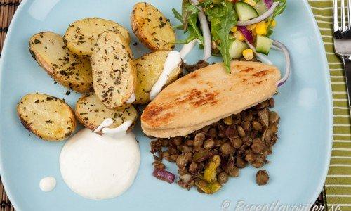 Quornfilé med rostad potatis, linser och limesås