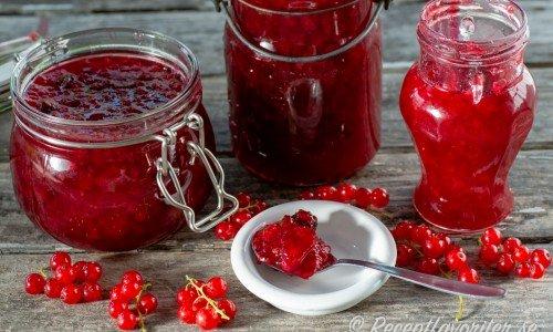 Rödavinbärsmarmelad med stjärnanis