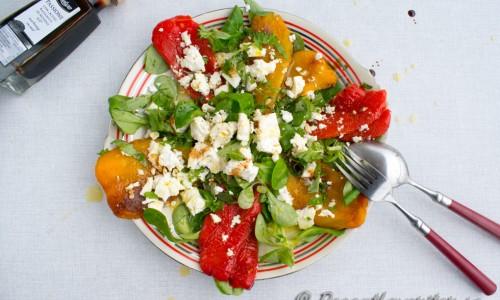 Välj en fin balsamvinäger, olivolja och äkta fetaost om du vill ha en riktigt god, fin festlig sallad.