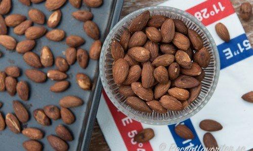 Recept med mandlar som saltrostade mandlar ovan