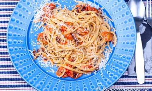 Spagetti med tomater